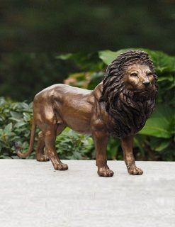 WI 55 Solid Bronze Lion Sculpture Male | Avant Garden