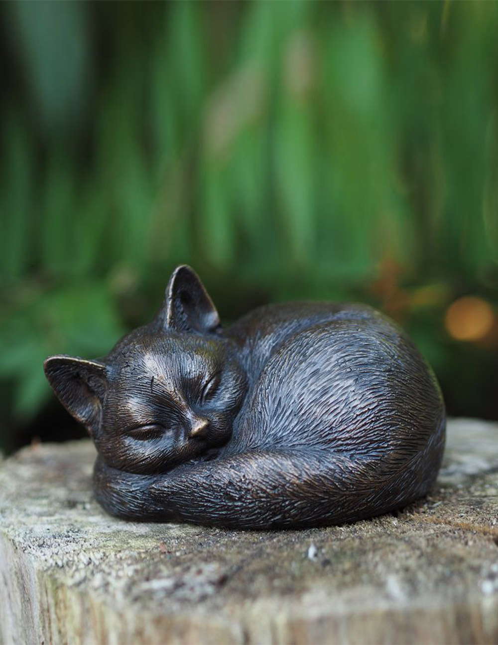 CA 11 Fine Cast Solid Bronze Sculpture Sleeping Cat Sculpture 1 | Avant Garden