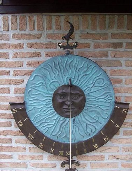 AR 17 Vertical Sundial Bronze Sculpture Wall Decor 1 | Avant Garden