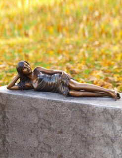 FIGI 10 Fine Cast Bronze Sculpture Girl Lying 1 Avant Garden Guernsey