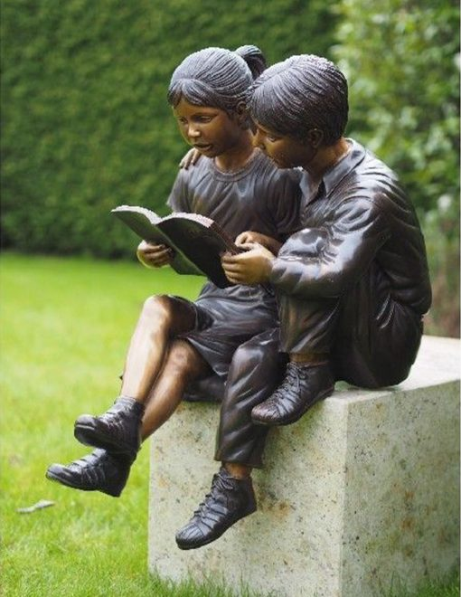 FIGI 77 Fine Cast Bronze Sculptures Boy Girl Reading 2 | Avant Garden