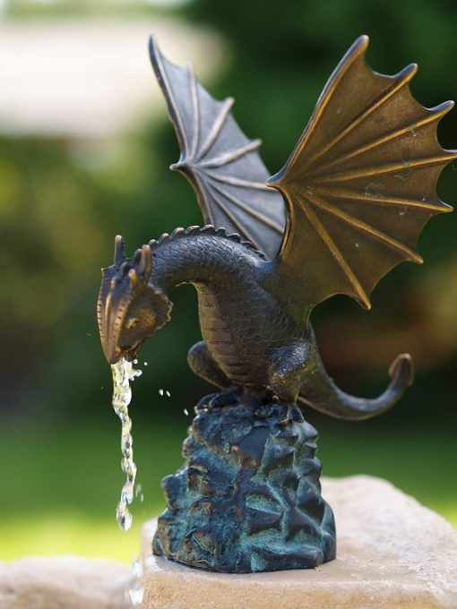 FO 57 Fine Cast Solid Bronze Dragon Fountain 22x15x18cm 1 | Avant Garden