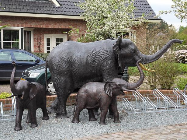 Top 10 Luxury Products For The Super Rich Fountain Elephant