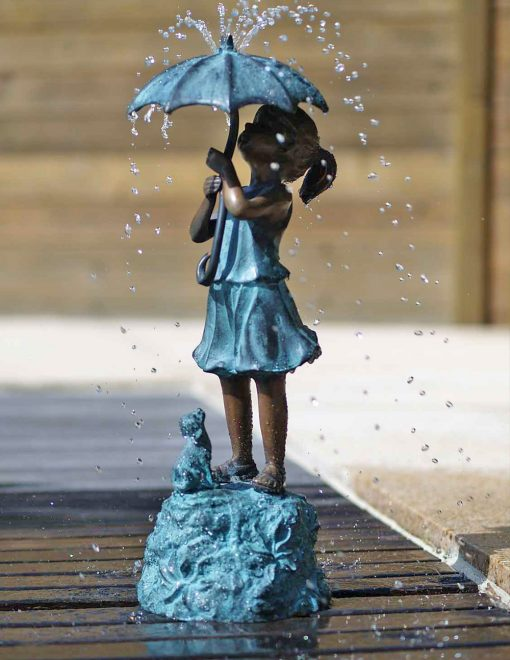 Fountain Girl w Umbrella hi res