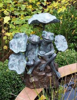 FO 28 Fine Cast Solid Bronze Frog Pair Fountain Sculpture Water Feature 1 | Avant Garden