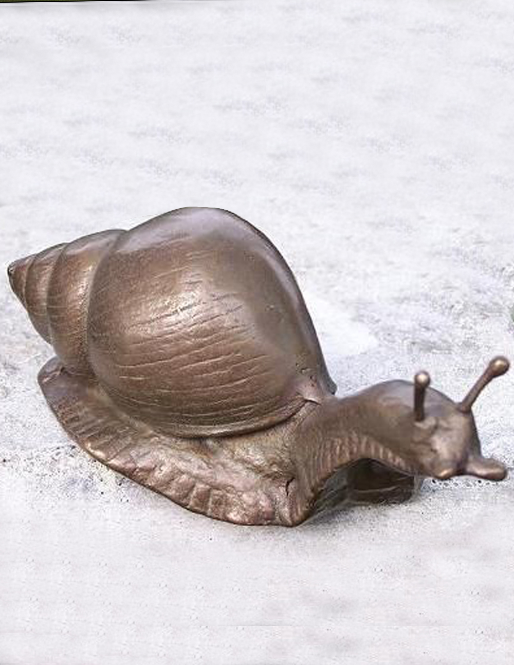 MI 53 Fine Cast Bronze Sculpture Snail Brown 1 Avant Garden Guernsey
