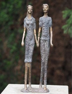 MO 14 Solid Bronze Modern Lovers Holding Hands Sculpture 1 | Avant Garden