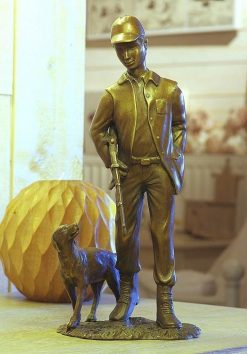 Fine Cast Bronze Sculpture Man Hunting With Dog