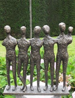 MO 20 Solid Bronze Sculpture Modern Men 1 | Avant Garden