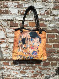 Vogue Hand Bag The Kiss by Klimt