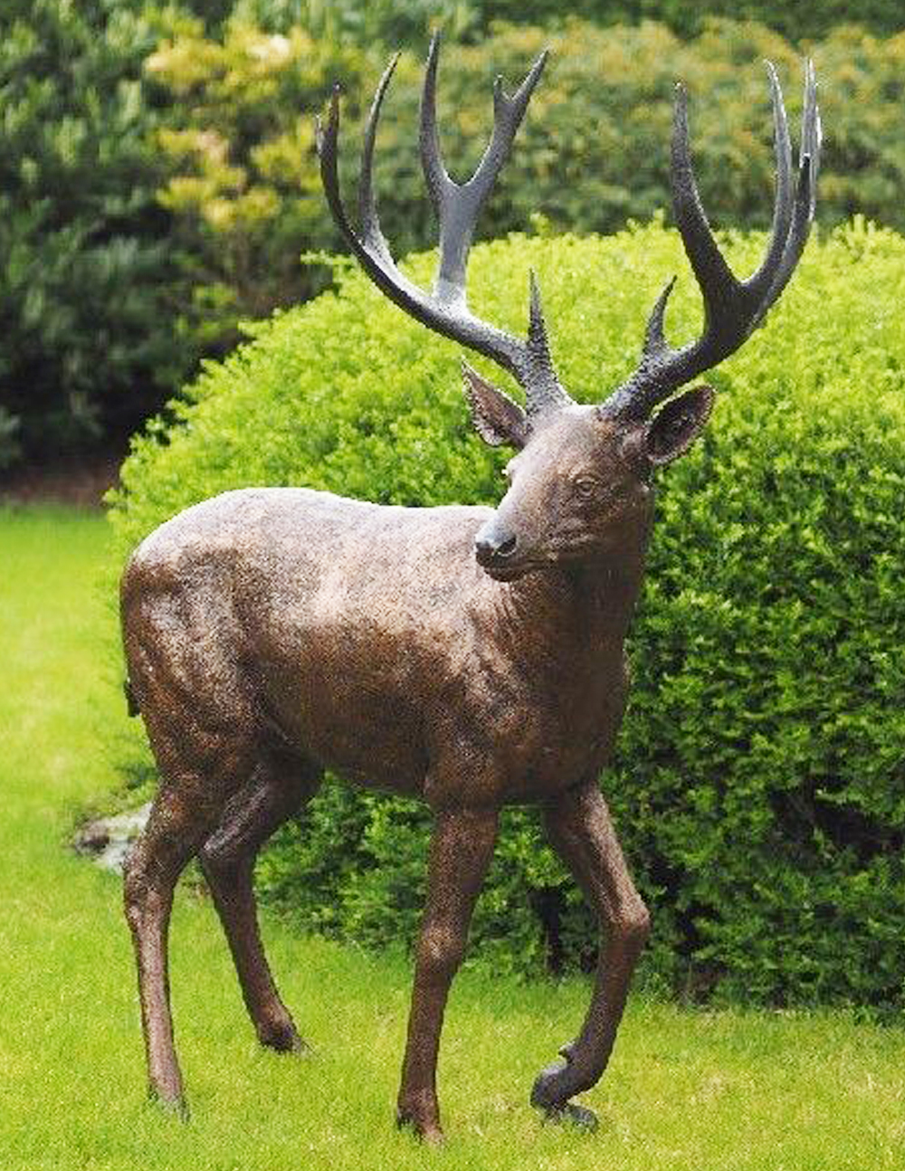 WI 43 Solid Bronze Lifesize Majestic Stag Sculpture 1 | Avant Garden