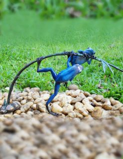 MI 10 Solid Bronze Sculpture Frog Pair Blue 1 | Avant garden