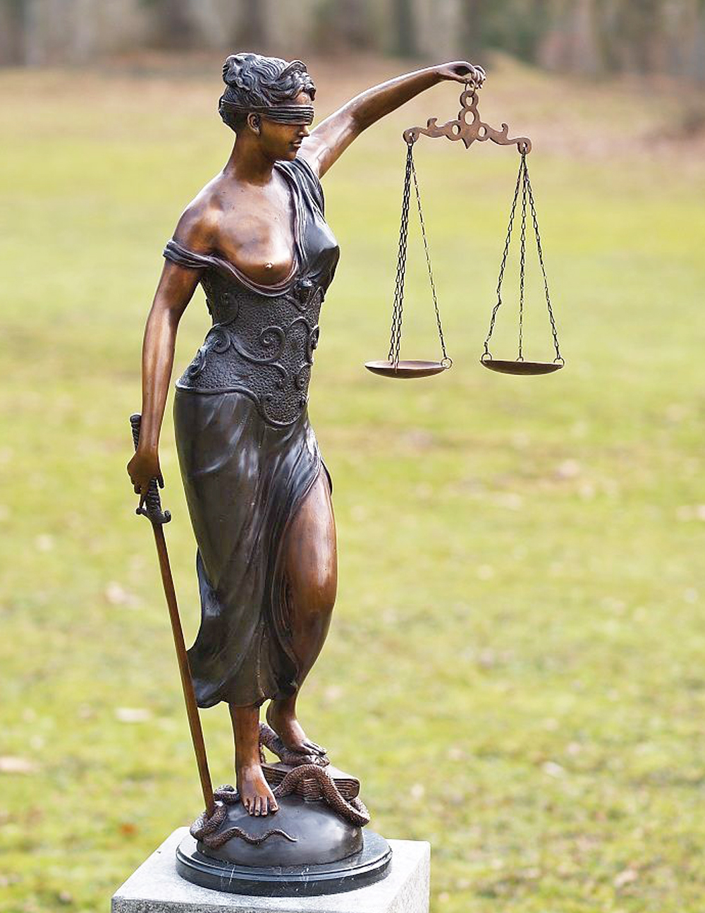 Bronze Sculpture Lady Justice statue moral force judicial systems 24fcb2d6b3