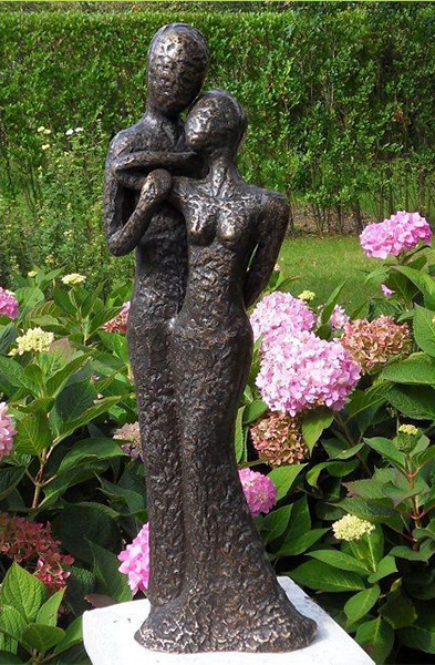 Fine Cast Bronze Sculpture Modern Lovers Romance Avant Garden