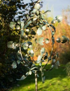 SP555 Romance Verdigris Gold Wash Garden Wind Sculpture 1 | Avant Garden