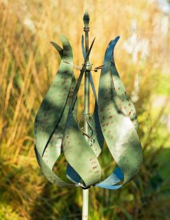 SP405 Tulip Bloom Verdigris Garden Wind Sculpture 1 | Avant Garden