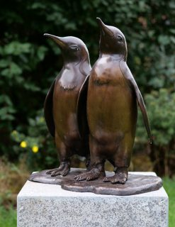 BI 74 Fine Cast Solid Bronze Sculpture Penguins 46x25x44cm 1 | Avant Garden