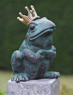FO 80 Solid Bronze Frog King Fountain Water Feature 20x11x15cm 1 | Avant Garden