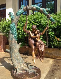 BO 48 Solid Bronze Young Love Sculpture 160x80x120cm 4 | Avant Garden