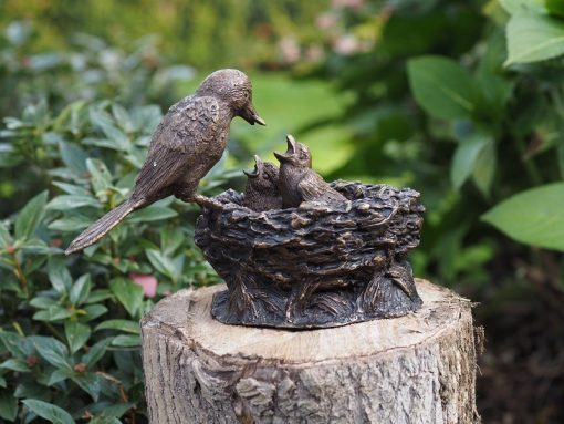 BI 8 Solid Bronze Bird with Chicks in Nest Sculpture 16x11x22cm 1 | Avant Garden