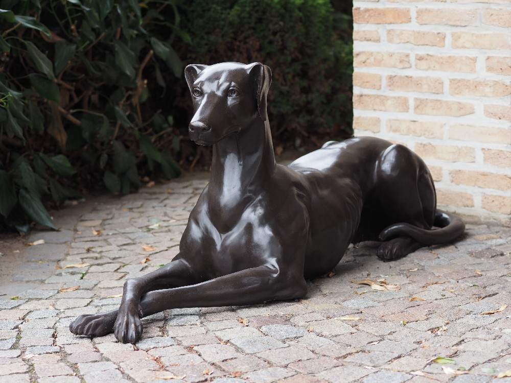 DO 20 Solid Bronze Guard Hound Right 1 | Avant Garden