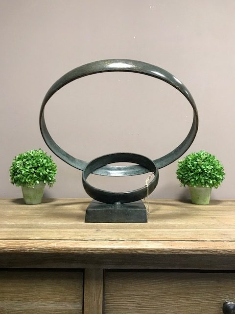 MO 47 Solid Bronze Love Rings Sculpture 2 | Avant Garden