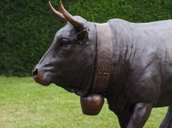 MI 73 Solid Bronze Swiss Cow Life Size Sculpture 1 | Avant Garden