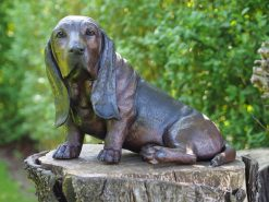 DO 22 Solid Bronze Basset Hound Sculpture (1) | Avant Garden