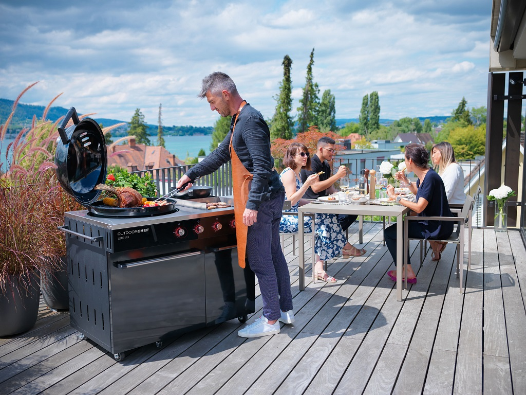 Lugano 570 G Evo Gas Barbecue Outdoorchef Demo 1 | Avant Garden