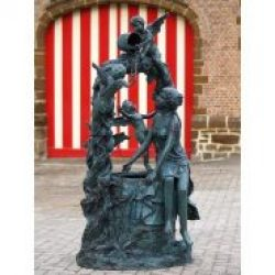 FO 69 Fine Cast Bronze Sculpture Woman Angels Well Fountain 208cm 1 Avant Garden Guernsey